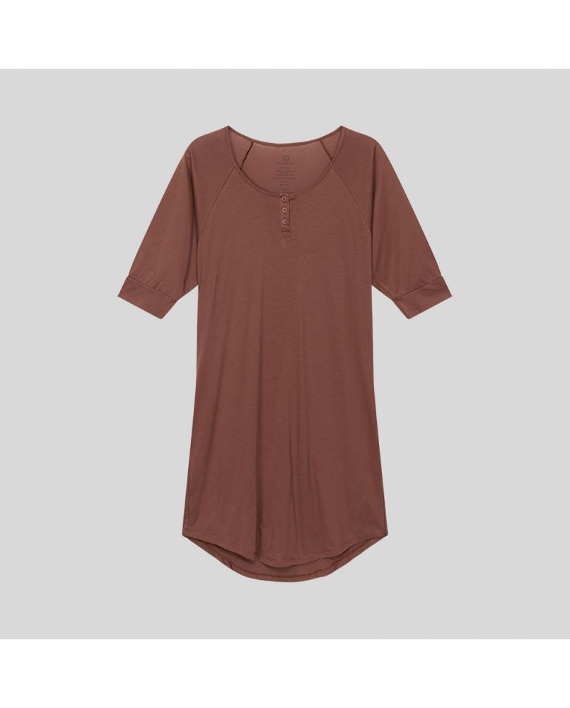 Knee long nightgown with 3/4 sleeves and 3 buttons in front. Color rust / brown